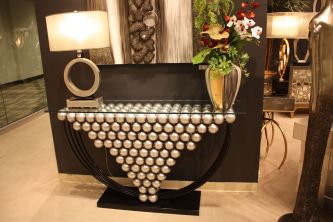 Art-Max-silver-ball-entryway-concsole