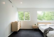 Bedroom-furniture-with-hairpin-legs