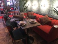 Bistro-setup-with-sofa
