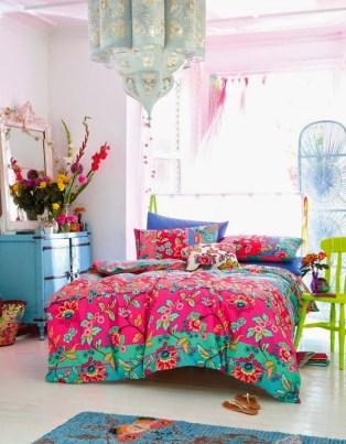 Colorful-boho-bedding