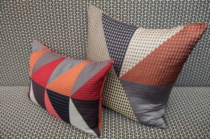 Colorful-pillows-for-bedroom