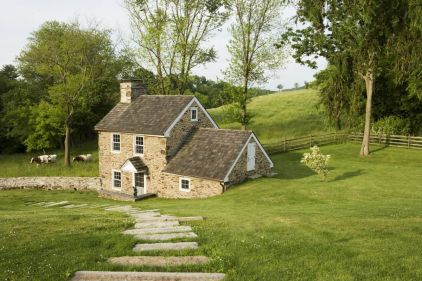 Country-Cottage-Style-Homes