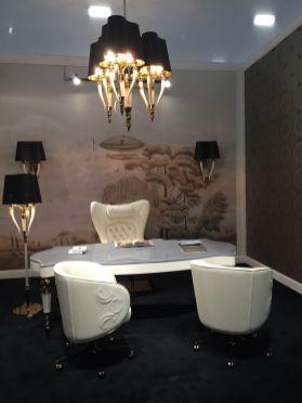 Cream-interior-design-with-black-lighting-fixtures
