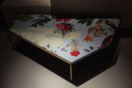 Floral-pattern-coffee-table-design
