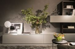 Living-room-decor-and-flowers-on-top