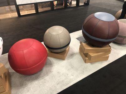Maurizio-Casini-round-bolls-seating