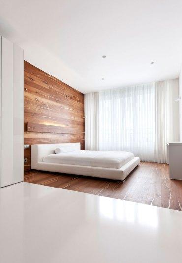 Minimalist-bedroom-with-wall-paneling