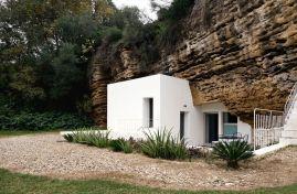Modern-Cave-House-Exterior