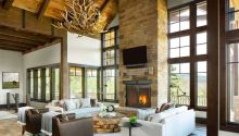 Modern-ranch-home-in-Colorado-fireplace