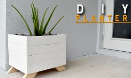 Planter-Made-from-Pallets