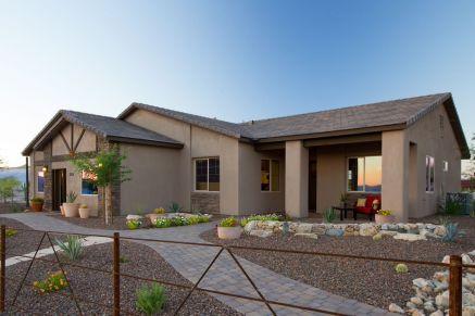 Ranch-Home-Design-stucco-stone-decor