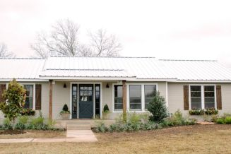 Ranch-Home-Design-with-tin-roof