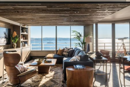 Seattle-Apartment-Man-cave-Interior