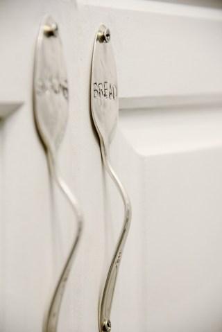 Stamped-cabinet-handle-DIY