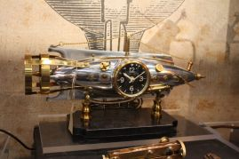Steampunk-Table-clock