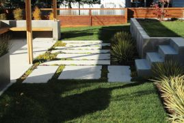 Tidy-up-the-lawn-to-renovate