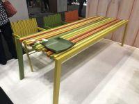Twist-colorgul-outdoot-table