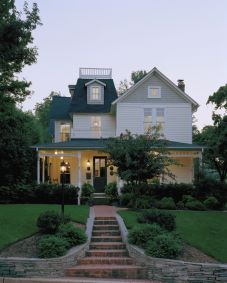 Victorian-Style-House-Exterior-Modern-Colors