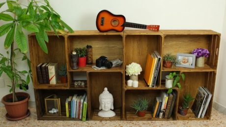 Wooden-crates-bookcase