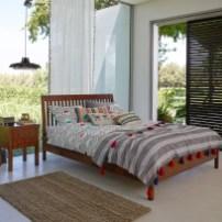 minimal-boho-bedroom