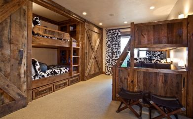 reclaimed-wood-furniture-for-bedroom