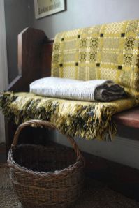 wooven-textile-rustic-must-have-rustic-element