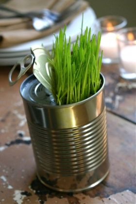 a-tin-can-with-wheatgrass-is-a-very-easy-and-relaxed-spring-centerpiece-or-decoration-that-can-be-rocked-at-Easter