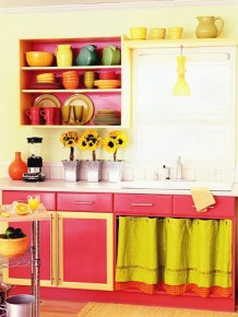 bright-and-sunny-kitchen