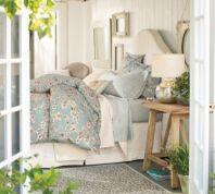 dreamy-spring-bedroom-decor-ideas-21