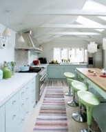 light-but-colorful-kitchen