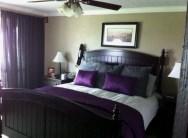 purple-accents-in-bedroom-12-554x407