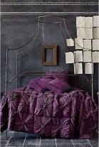 purple-accents-in-bedroom-32