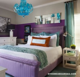 purple-accents-in-bedroom-54-554x534