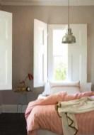 romantic-and-tender-feminine-bedroom-designs-19