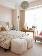 romantic-and-tender-feminine-bedroom-designs-49