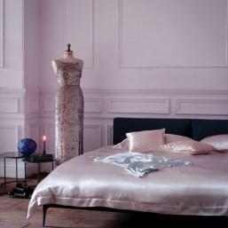 romantic-and-tender-feminine-bedroom-designs-52