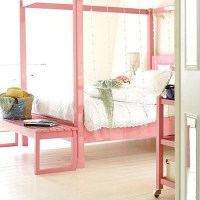 romantic-and-tender-feminine-bedroom-designs-54