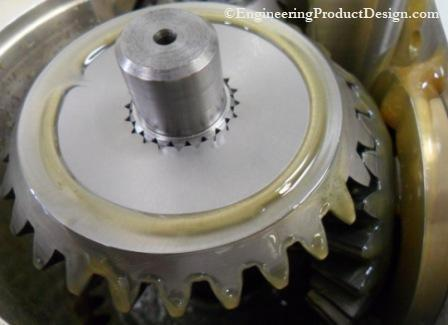 Spline shaft bevel gear connection
