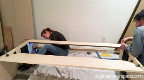 Murphy-Bed-assembly-step-2