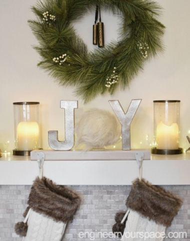 Fireplace-mantel-Christmas-Stocking-holder-front