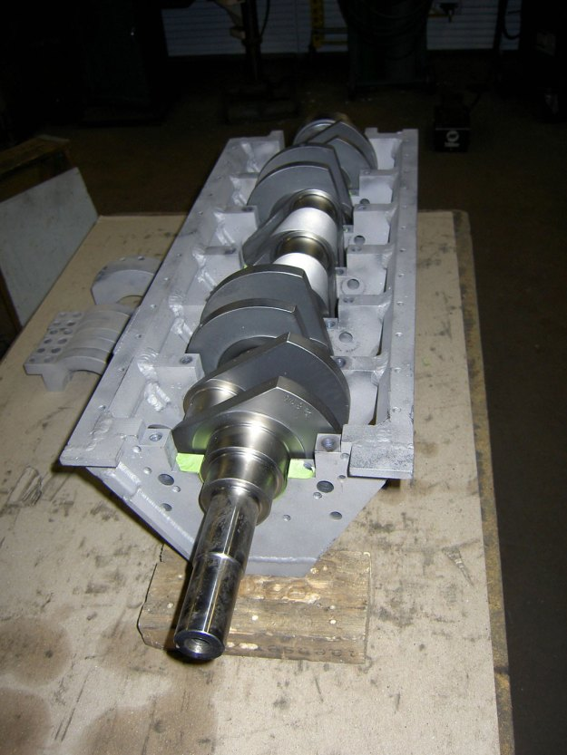 custom crank for V12 made from two 1JZ engines