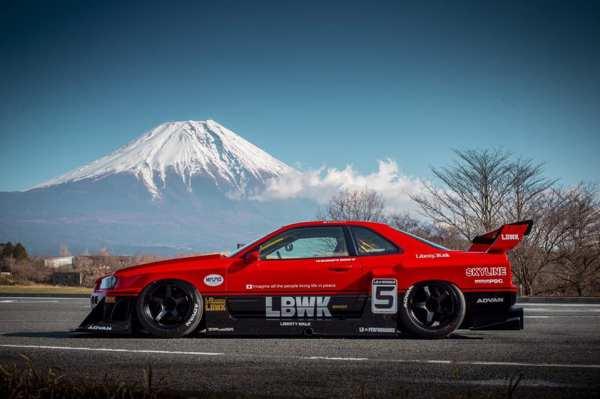 Nissan R34 with a 3.1 L L28 inline-six