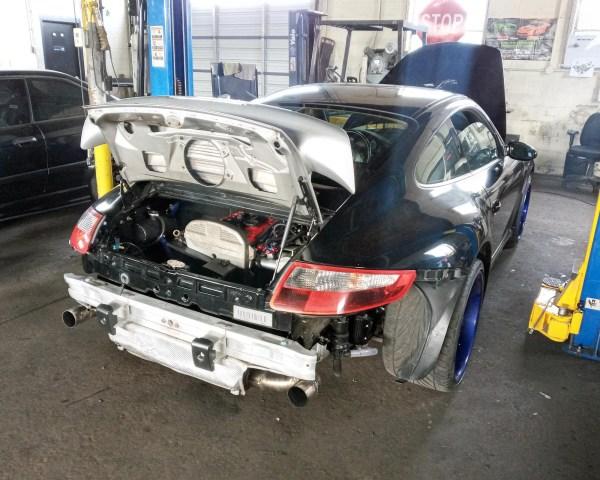 AWD Porsche 997 with a turbo 4G63 inline-four