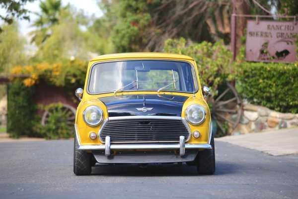 1976 Mini built by Mcgee's Custom Minis with a Honda D16 inline-four