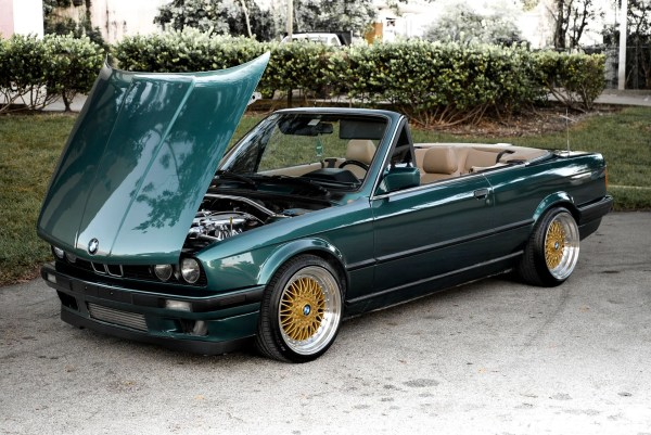 1992 BMW 325i E30 built by DRAG International with a Toyota 1JZ-GTE inline-six