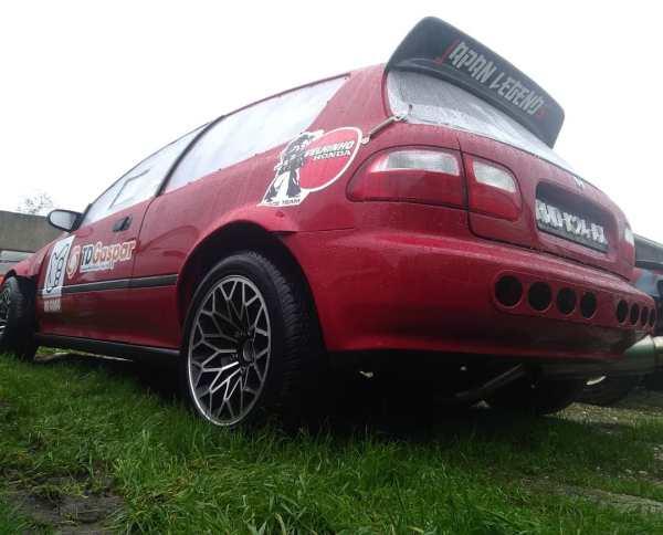 RWD Honda Civic EG6 with a K24 inline-four