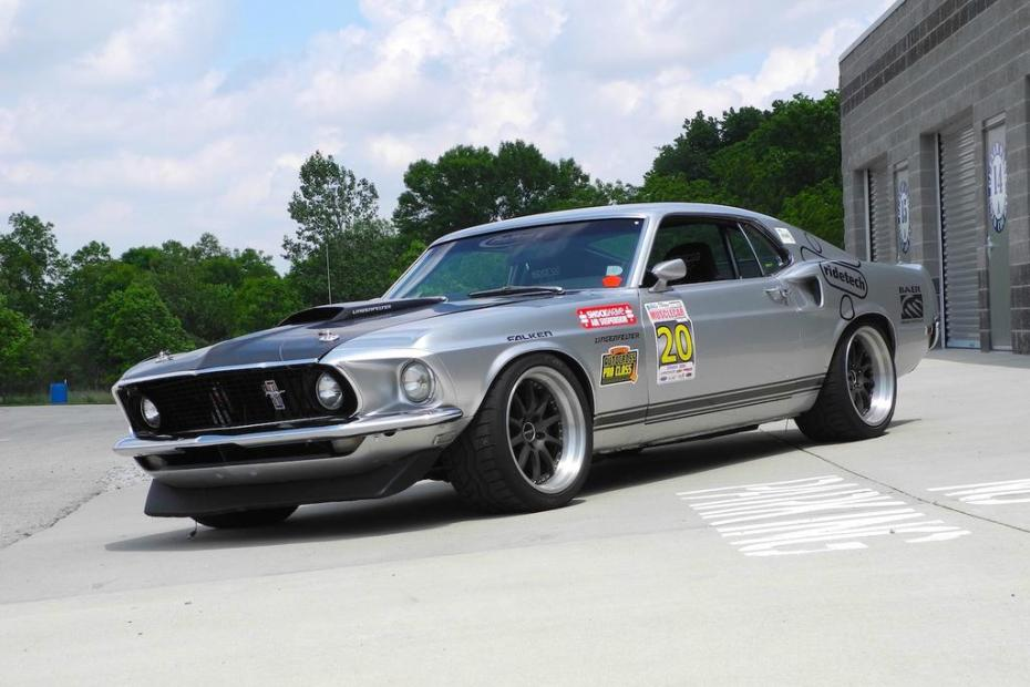 1969 Mustang built by Ridetech with a 460 ci Windsor V8