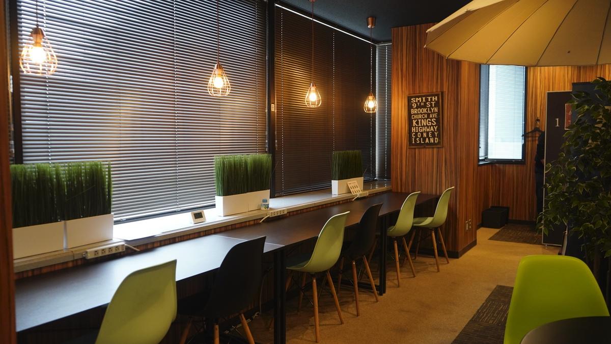 MeRISE(ミライズ)英会話渋谷校の自習スペース