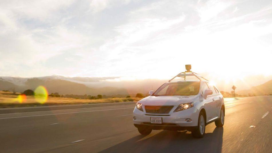 Google to pay Arizona folks $20 an hour to 'drive' its self-driving cars