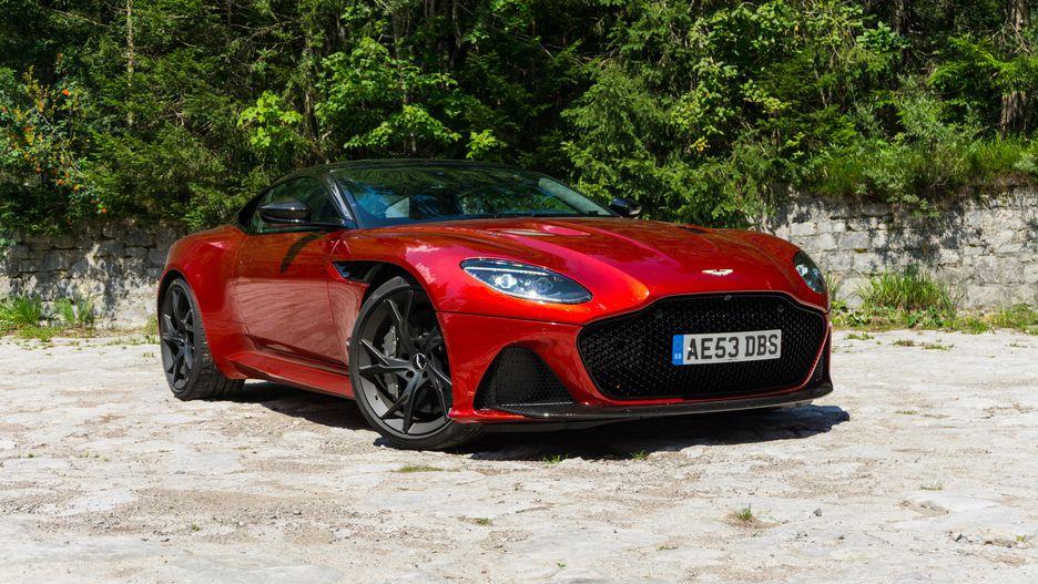 2019: Aston Martin DBS Superleggera, Audi A8, Bentley Continental GT, BMW M850i xDrive